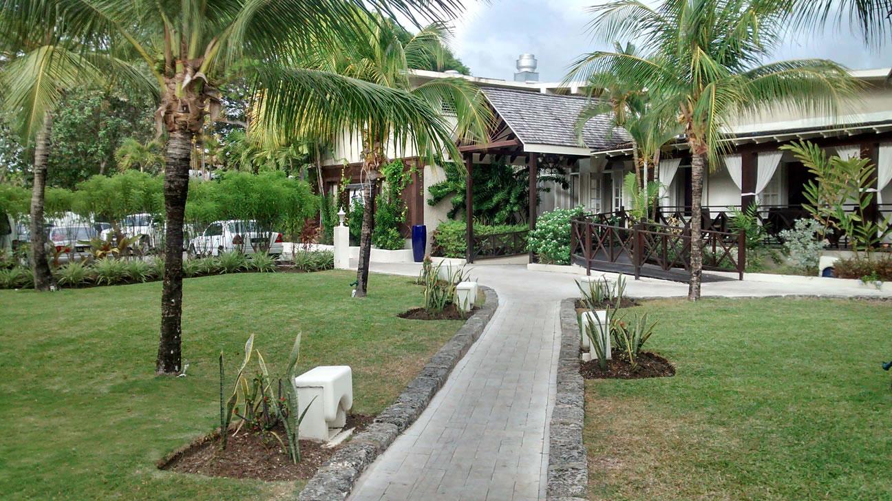 Sea Breeze Beach Hotel - My Home For The Week