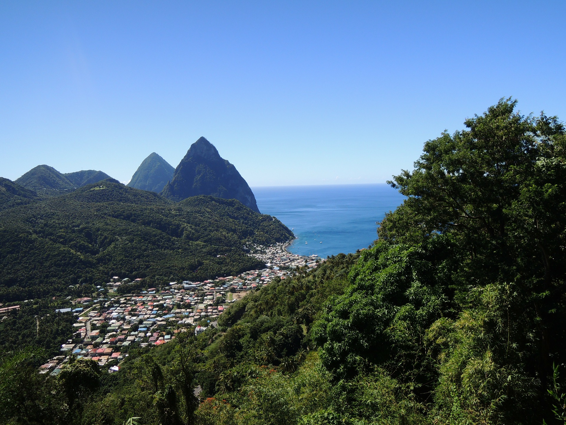 Travel blog: Indulge in Sumptuous Views and Tumbling Foliage at Bel Jou St Lucia