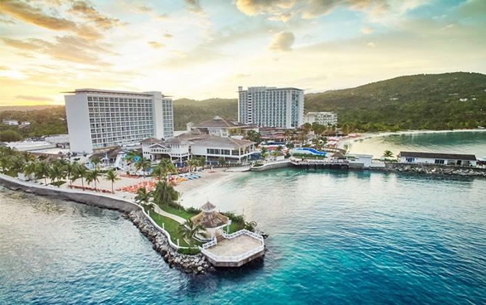 Travel blog: Dive in to All-Inclusive Family Fun at Moon Palace Cancun & Moon Palace Jamaica