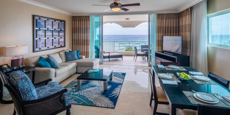 Concierge Collection One Bedroom Oceanfront Suite