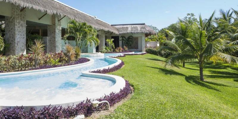 TRS Yucatan pool