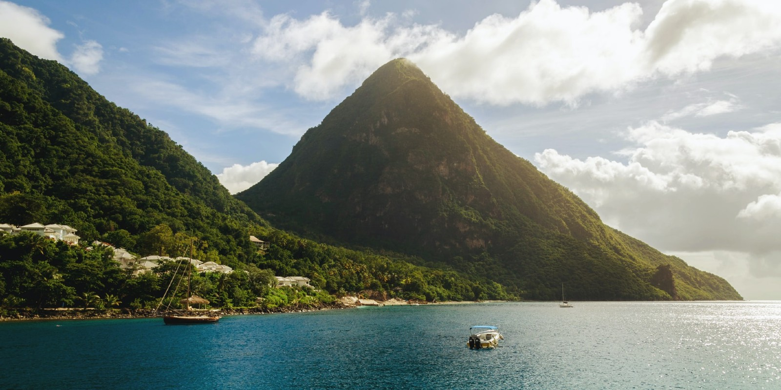 Travel blog: Can You Climb The Pitons In St Lucia? All The Ways You Can Explore The Famous Volcanos