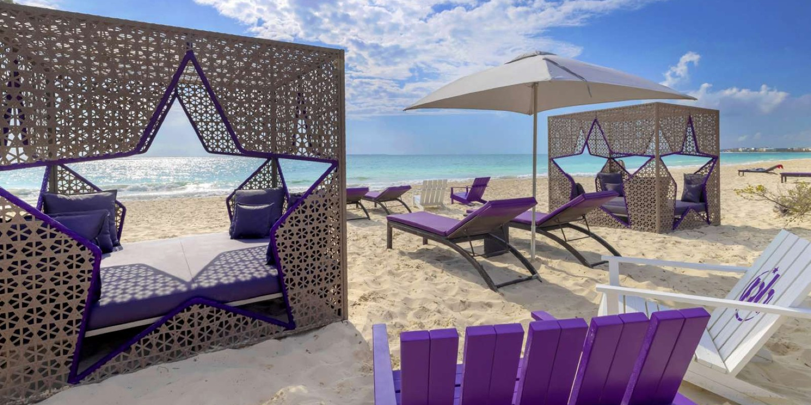 Travel blog: 16 Reasons Why Planet Hollywood Cancún Is In A World Of Its Own